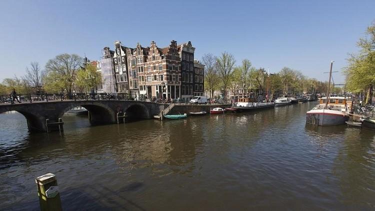 لاجئ سوري يصبح بطل أمستردام