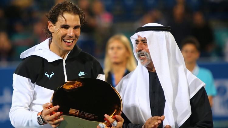 نادال يحرز بطولة أبو ظبي الاستعراضية