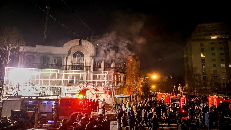 طهران تعتقل 40 شخصا ممن هاجموا السفارة السعودية