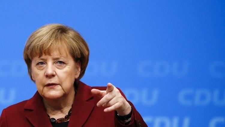 ميركل تجدد رفضها وضع سقف لأعداد اللاجئين الوافدين إلى ألمانيا