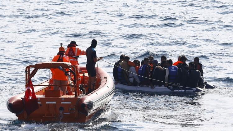 مقتل 36 مهاجرا على الأقل قرب السواحل التركية (فيديو)