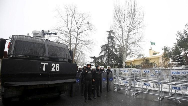 تركيا.. إصابة شرطي في إطلاق نار على دورية بوسط إسطنبول