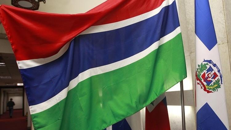 غامبيا تفرض ارتداء الحجاب في المؤسسات العمومية