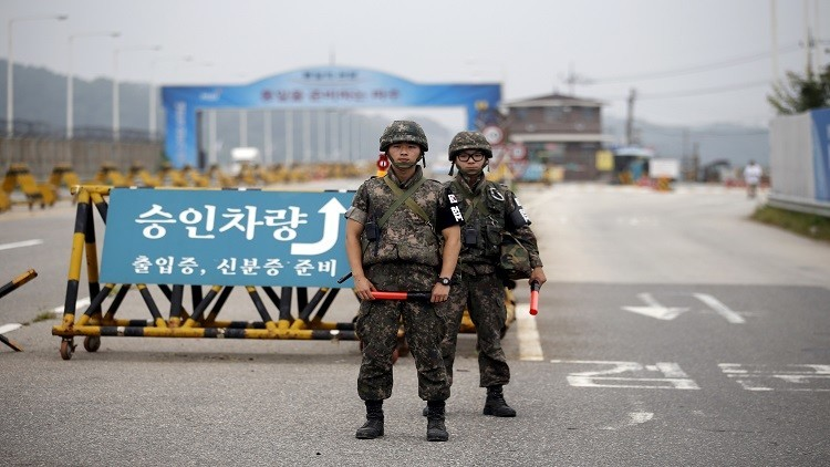 الكوريتان تحشدان عند حدودهما (فيديو)