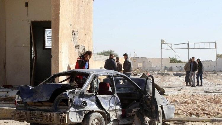 ليبيا.. مقتل 7 أشخاص بانفجار سيارة مفخخة في ميناء راس لانوف النفطي