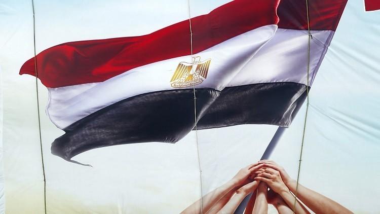 حرب الفتاوى تشتعل بين الدولة والإخوان قبيل ذكرى ثورة يناير