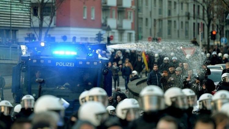 ألمانيا.. طلب متزايد على الهراوات الكهربائية بعد أحداث كولونيا