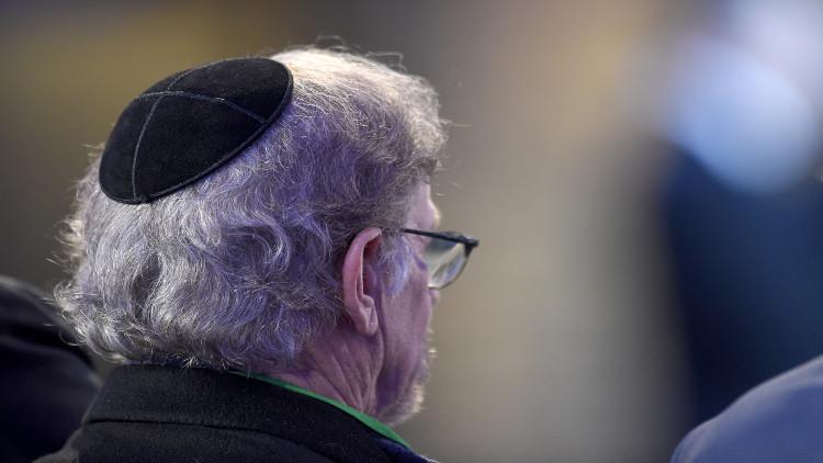 رئيس الجالية اليهودية في مرسيليا ينصح بخلع القلنسوة بسبب التهديدات الإرهابية