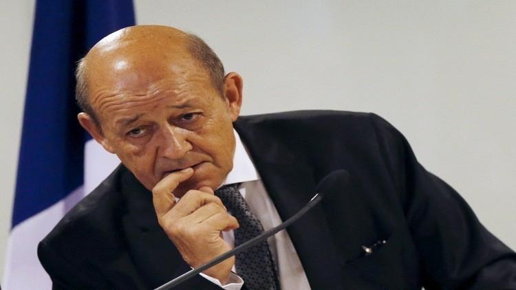 باريس تتهم موسكو باستهداف المعارضة السورية المعتدلة