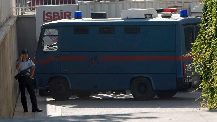 تركيا تفرج عن مواطن روسي مشتبه بارتباطه بتنظيم