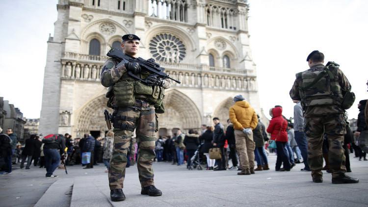 أحد انتحاري اعتداءات باريس قاتل في سوريا في صفوف داعش