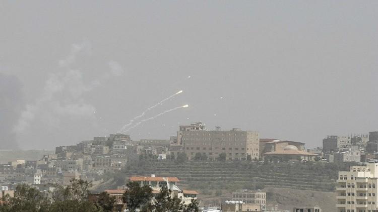 العفو الدولية تتهم التحالف بإلقاء قنابل عنقودية على صنعاء