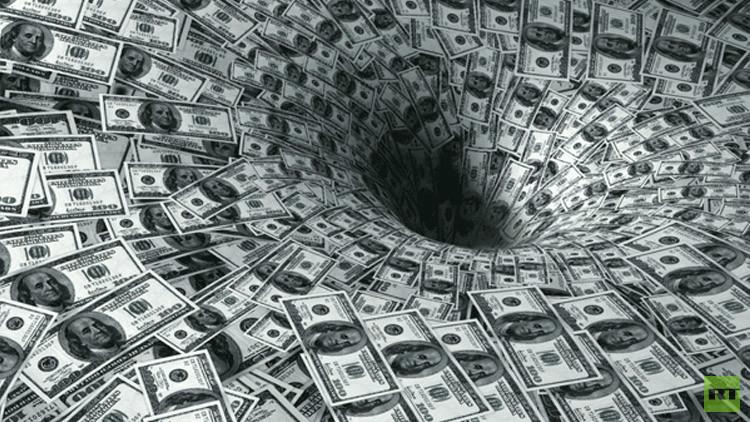 ثروات 62 شخصا تعادل ما يملكه نصف سكان العالم