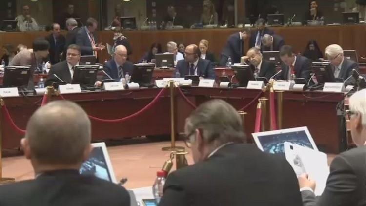 الاتحاد الأوروبي يعلن استعداده لبحث تقديم مساعدة أمنية لليبيا إذا طلبتها