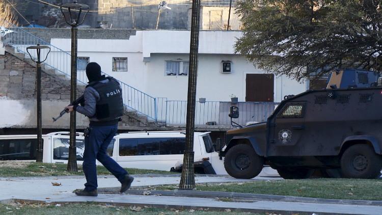 تركيا .. مقتل 3 عناصر شرطة في هجوم لحزب العمال الكردستاني