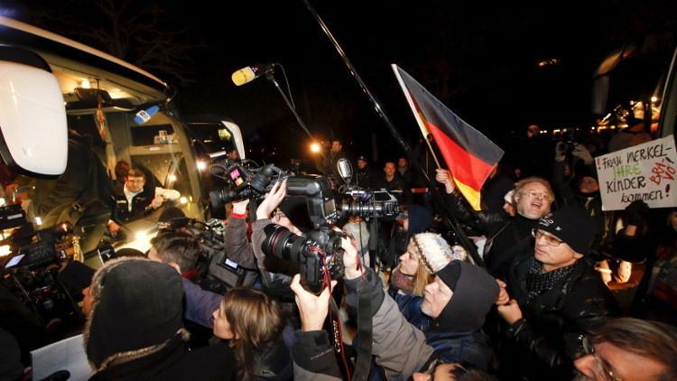 لافروف يحذر ألمانيا من التستر على أزمة الهجرة ويطالب بالعدالة للطفلة الروسية ليزا