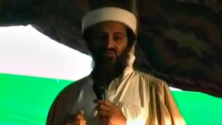 صورة جثة بن لادن لدى جندي أمريكي