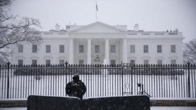 البيت الأبيض يدعو إلى استئناف مفاوضات السلام  في اليمن