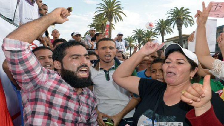 تظاهرات بالآلاف في المغرب احتجاجا على خفض وظائف حكومية