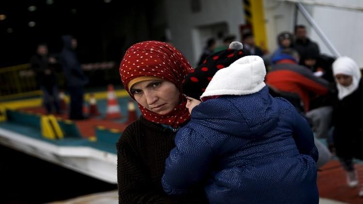 ألمانيا.. العثور على  عائلة لاجئين متجمدين داخل شاحنة