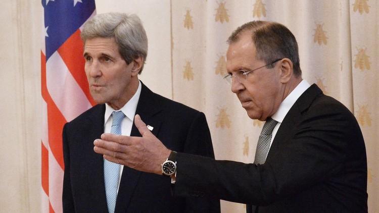 كيري ولافروف يؤكدان خلال مكالمة هاتفية على ضرورة إطلاق المفاوضات السورية في أقرب وقت