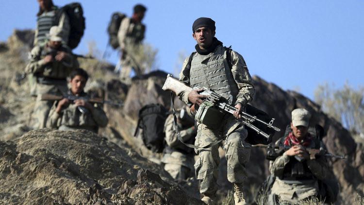 مقتل 3 من حرس الحدود في هجوم انتحاري بأفغانستان
