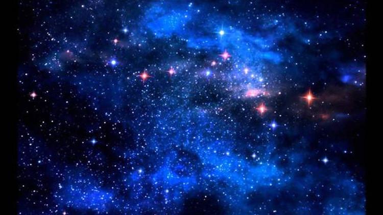 علماء الفلك يكتشفون أول نجوم الكون