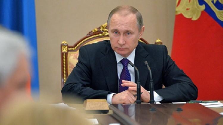 بوتين يرأس اجتماعا للحكومة لبحث الوضع الاقتصادي في البلاد