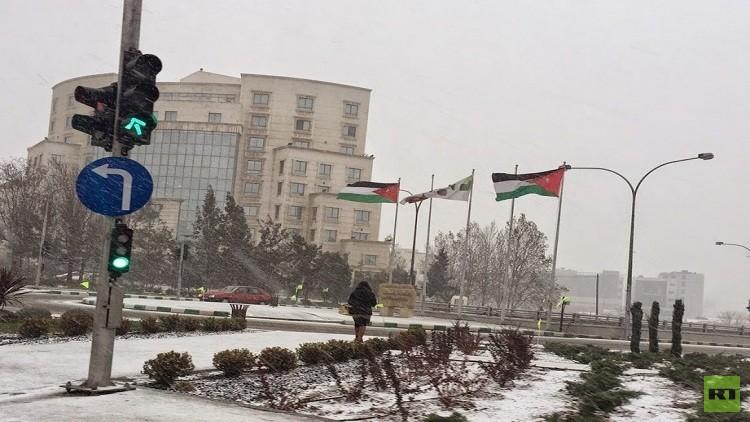 صفارات الإنذار تدوي في العاصمة الأردنية عمان (بالفيديو)