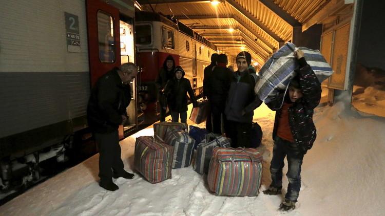 السويد تنوي ترحيل 80 ألفا من طالبي اللجوء