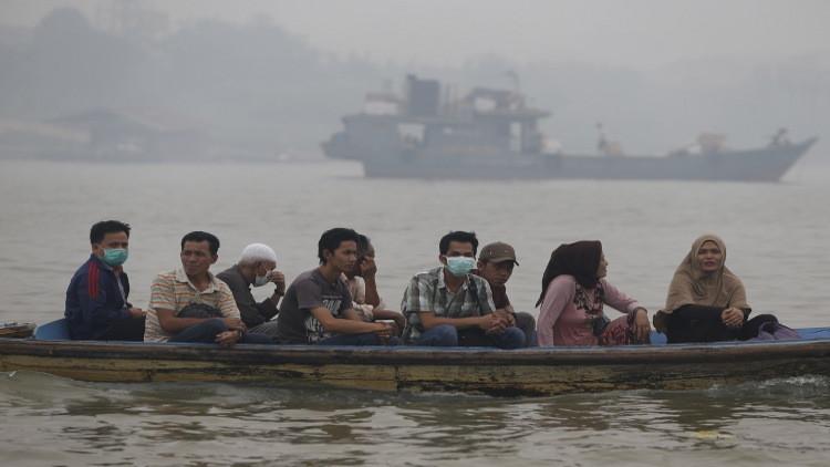 غرق 22 لاجئا إثر انقلاب قارب قبالة السواحل الماليزية