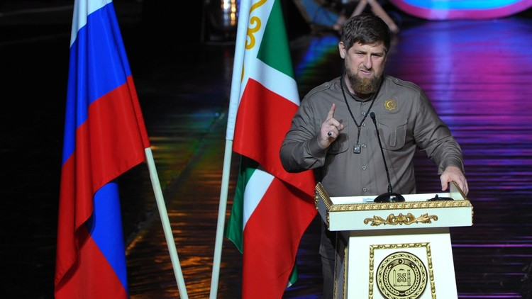 الرئيس الشيشاني قادروف يعلن إنشاء مصرف إسلامي في غروزني مع الإمارات