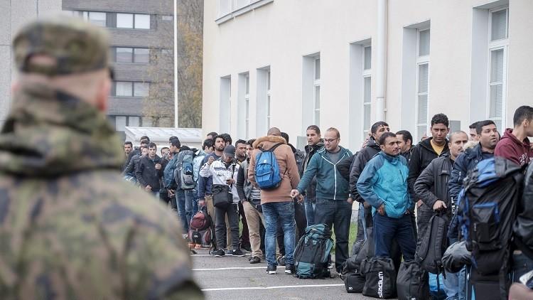 السلطات الفنلندية تخطط لطرد نحو 20 ألف شخص من طالبي اللجوء