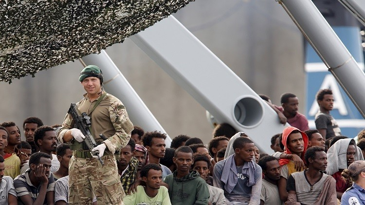 سياسي إيطالي: المهاجرون سيغزوننا