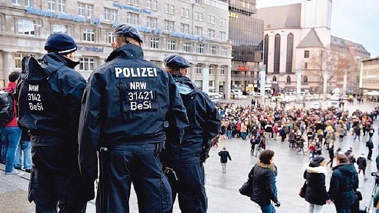 الألمان يتسلحون خوفا من اللاجئين