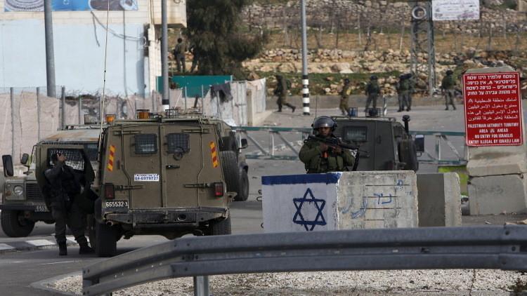 مقتل فلسطيني وإصابة 3 جنود إسرائيليين بتبادل لإطلاق النار شمالي رام الله (فيديو)