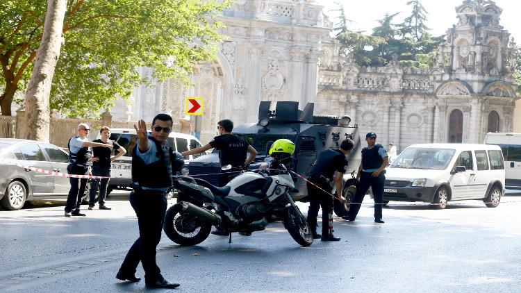 الشرطة التركية تطلق النار على انتحاري عند مدخل قصر أردوغان