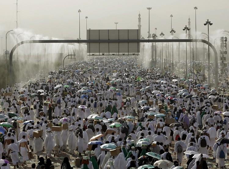 السعودية وإيران.. تاريخ أسود من الكراهية تغذيها الطائفية والعرقية