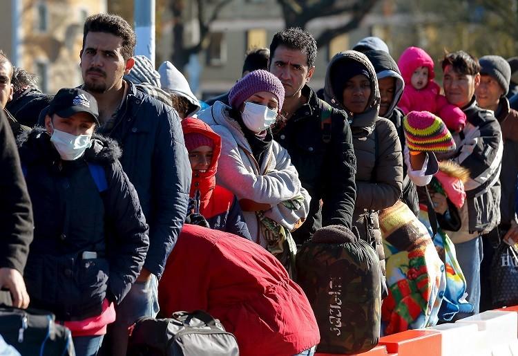 50 نائبا من تحالف ميركل يوقعون نص احتجاج على سياسة اللجوء