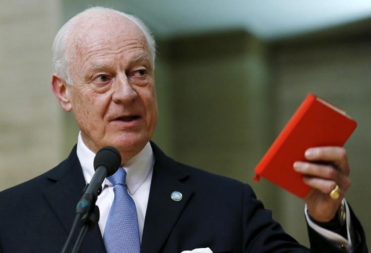المعارضة السورية تقرر المشاركة في مفاوضات جنيف 3
