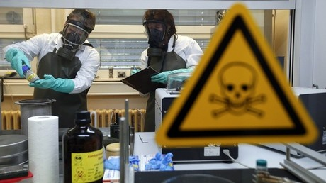 """بعثة خبراء في الأسلحة الكيميائية تعتبر أن أشخاصا في سوريا قد يكونوا تعرضوا لغاز """"السارين"""" أو """"لمادة مشابهة"""""""