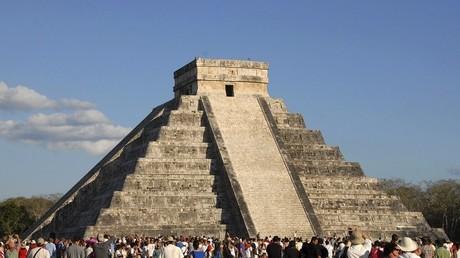 أحد أهرامات المايا - المكسيك