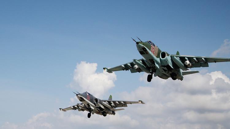 سلاح الجو الروسي يحبط هجوما للإرهابيين على مدينة دير الزور المحاصرة في سوريا