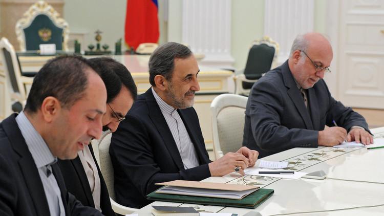 زيارة ولايتي لموسكو.. مواقف إيران وروسيا متطابقة تجاه سوريا