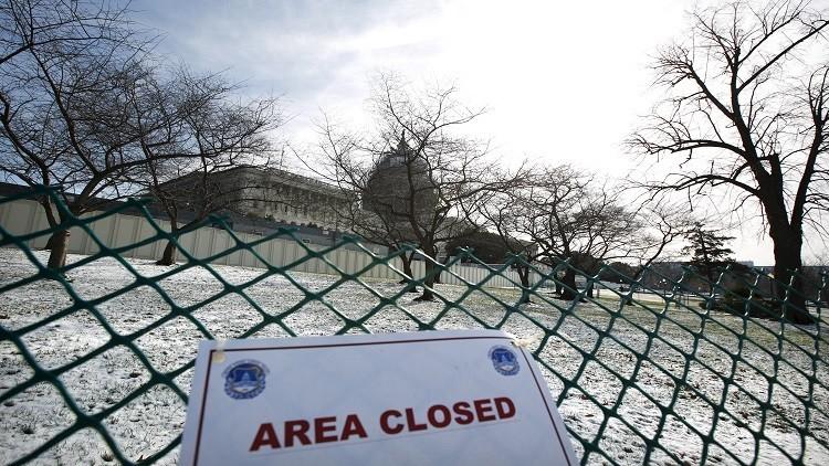 النواب الأمريكي يقر تشريعا يقيد قدرة أوباما على رفع العقوبات عن إيران
