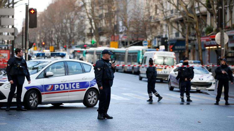 الحكومة الفرنسية تبحث الأربعاء تمديد حالة الطوارئ في البلاد
