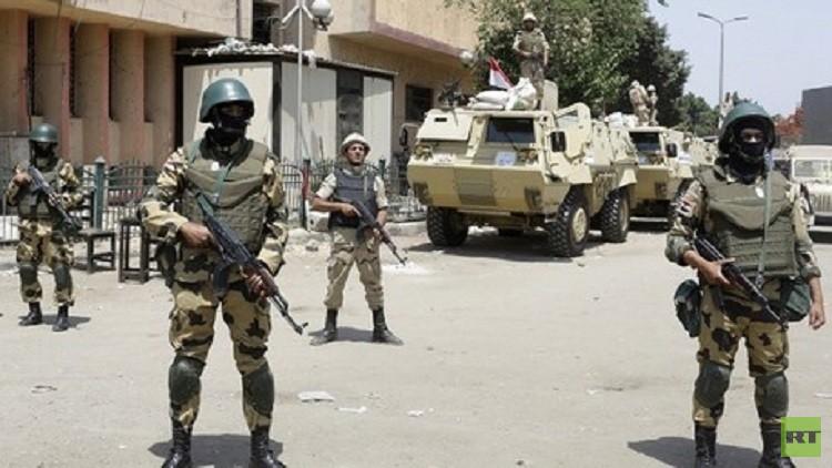 مصر.. مقتل ضابطين ومسلحين في تبادل للنار غرب البلاد