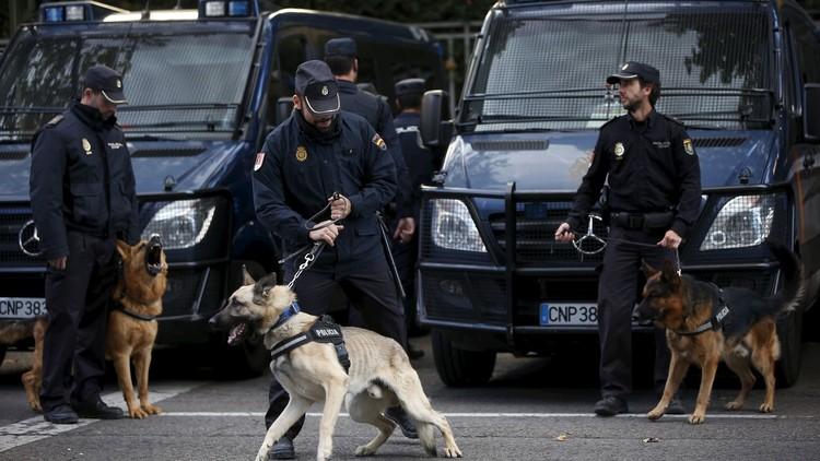 إسبانيا تعتقل أشخاصا من أصول سورية وأردنية ومغربية للاشتباه بصلتهم بالإرهاب