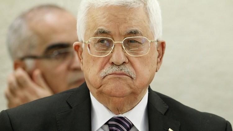 عباس يؤكد دعمه الكامل