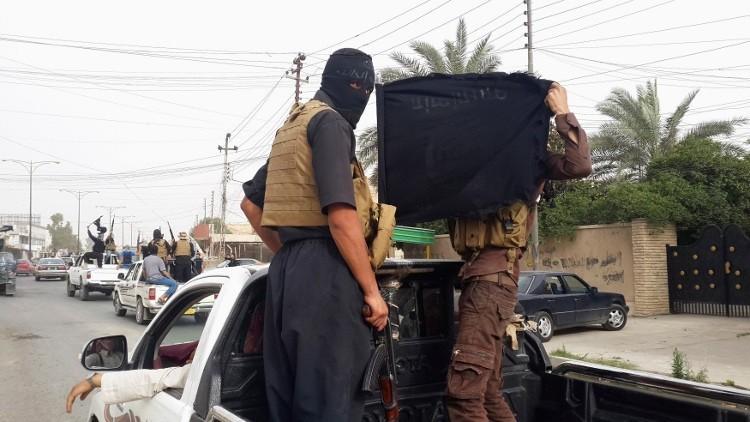الاستخبارات الأمريكية تحذر من تمدد داعش وزيادة وتيرة هجماته